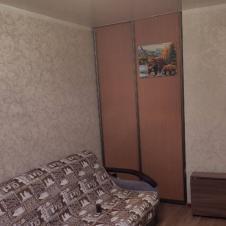 однокомнатную квартиру на длительный срок Корнеева, 5