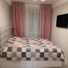 двухкомнатную квартиру на сутки Ул. Душенова д.10